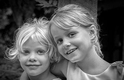 Sisterly Love Mono, Lea  Cora , Australia