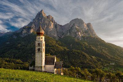 Chiesa Di San Valentino Dolomites, Clark  Peter , England