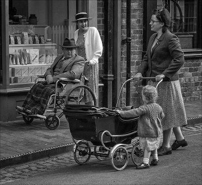 A Passing Chat, Buckett  Derek , England