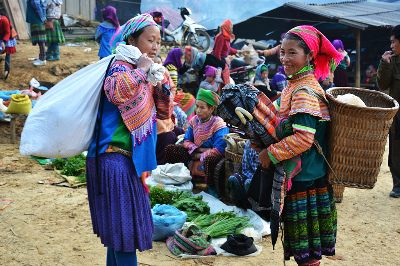 HIGHLAND MARKET, Liem  Do Hieu , Vietnam