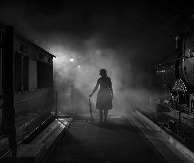 Pausing On The Platform, Buckett  Rosemary , England