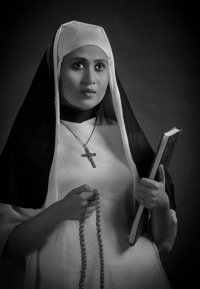 The Lady Monk 416821, Roy  Prabir Kumar , India