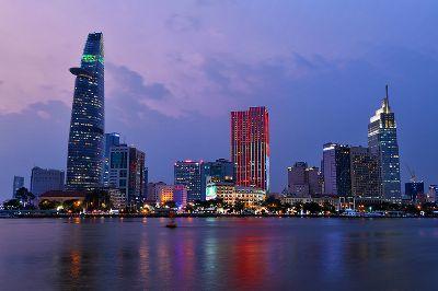 City Night, Trinh  Shirley , Usa