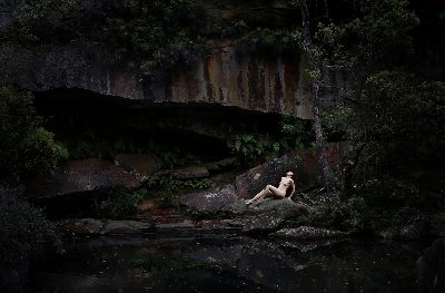 Alone Sitting, Perera  L D Dinesh Rukmal Ayantha , Australia