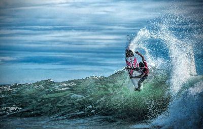 Riding The Wave, Day  Liane , Australia