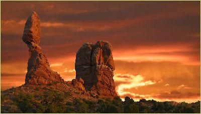 Sunset At Balanced Rock, Kramer  Irene , Usa