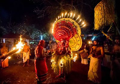 Incredible Theyyam Art, Prasad  Jinesh , India