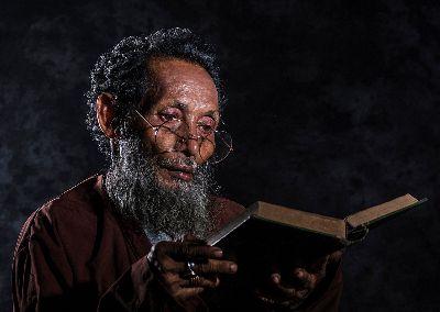 Reading Words Of God Attentively, Paul  Nikhil , India
