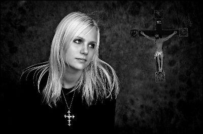 Girl With Cross, Suszkiewicz  Ole , Denmark