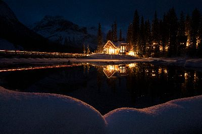 Emeral Lake Welcome Light, Nguyen  Myphuong , Usa