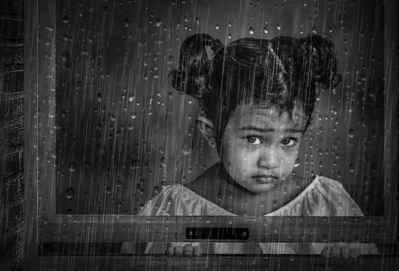 Looking At The Rain, Bandara  Pandula , Sri Lanka