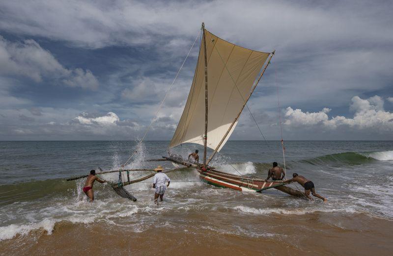 Into The Sea 3, Bandara  Pandula , Sri Lanka