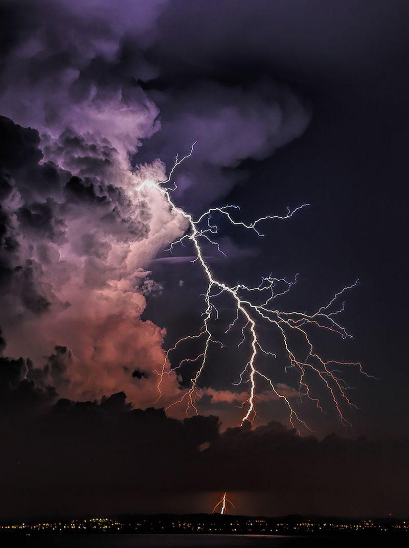 Lightning Strike, Guy  Graeme , Malaysia