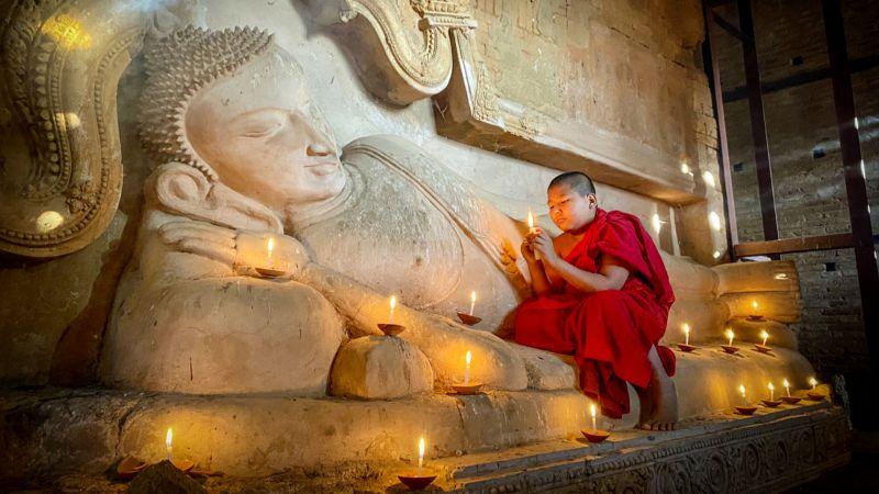 Young Monk Praying, Teo  Han Kim , Singapore