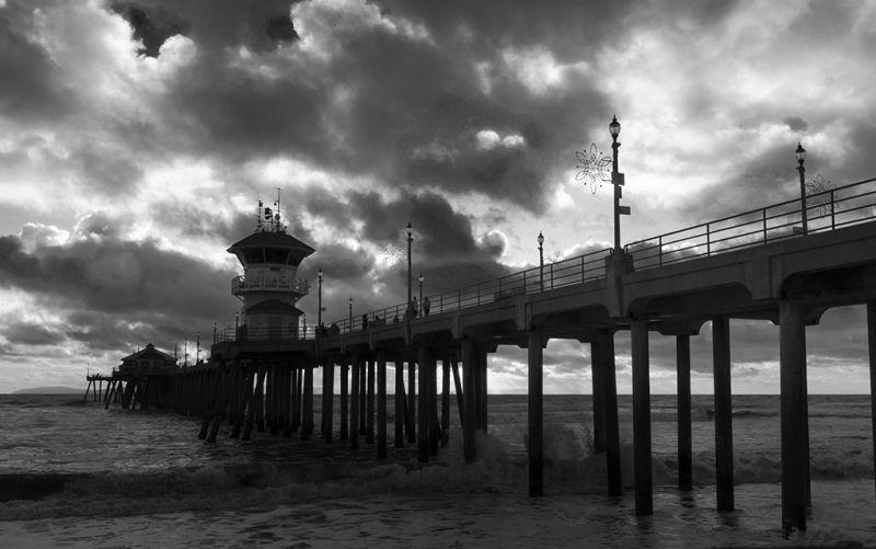 Huntington Beach Bridge BW, Tran  Minhdung , Usa