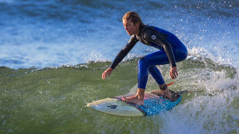 Skimming The Surface, Walker  Helen , Australia