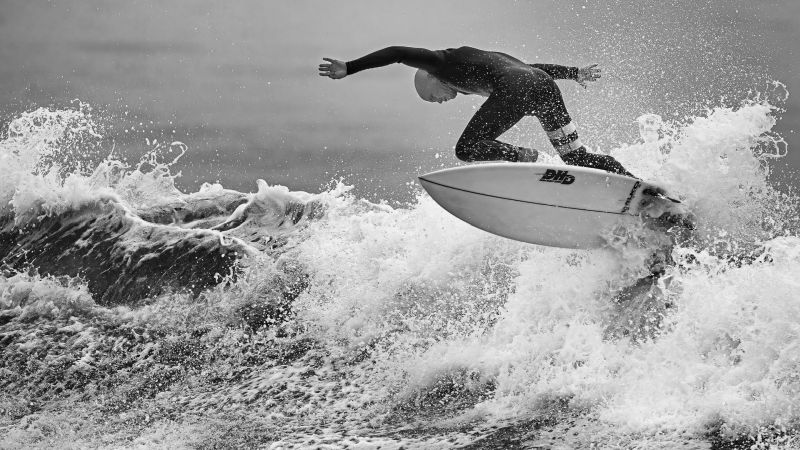 Surf Out, Fan  Jin , Usa