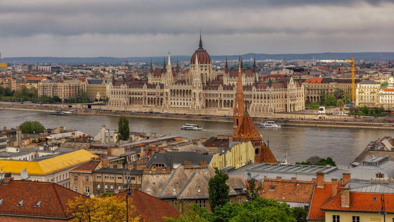 Budapest, Fan  Jin , Usa