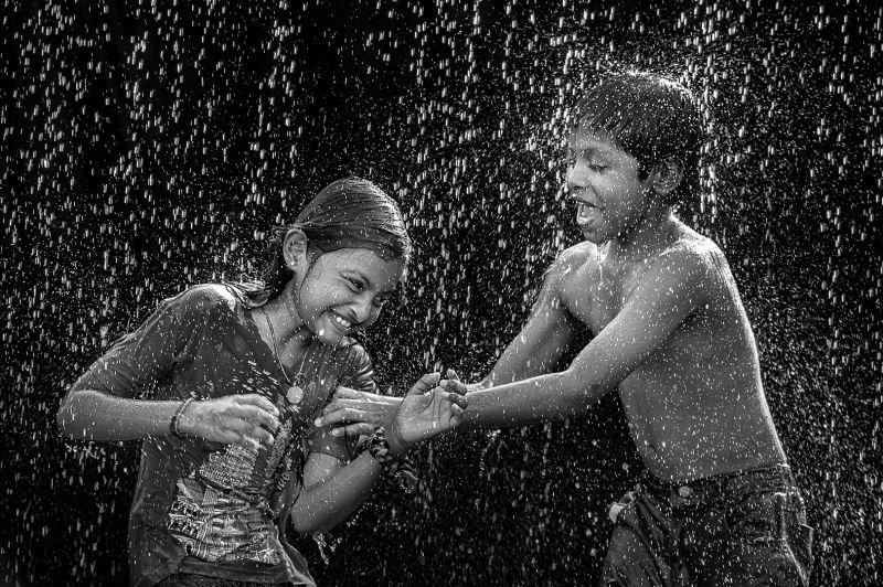 Play In The Rain, Voon Wah  Wong , Hong Kong
