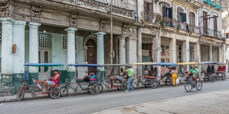Cuba Waiting For Business., Moritz  Vicki , Australia